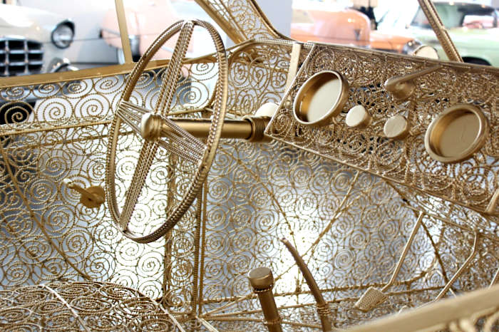 Португальский художник создает автомобиль в филигрань