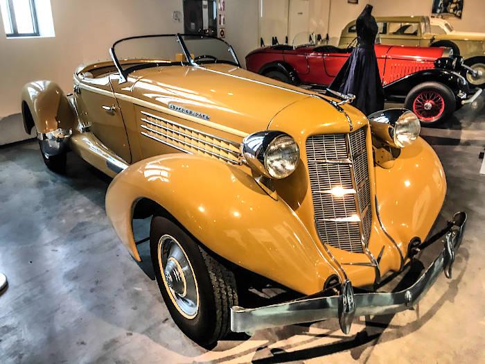 малага музей ретро автомобилей