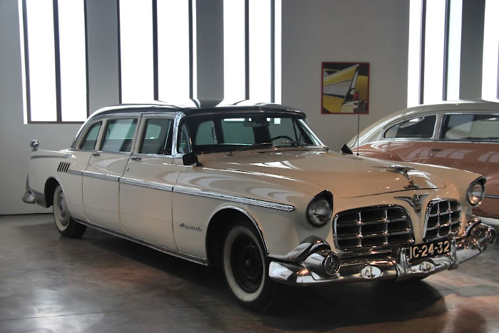 CHRYSLER 1955