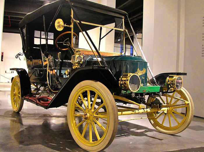 Stanley Steamer 1910